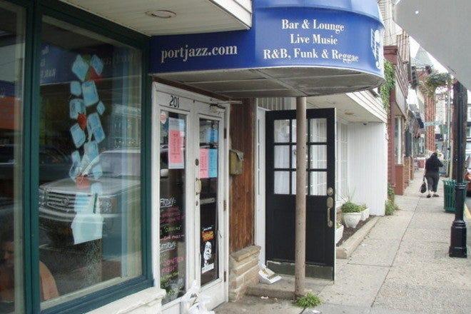 Best hookup bars long island, group sex race
