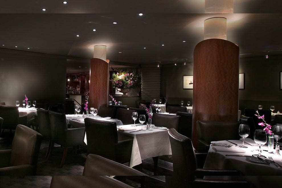 Opus toronto restaurants review 10best experts and for Best restaurants with private dining rooms toronto