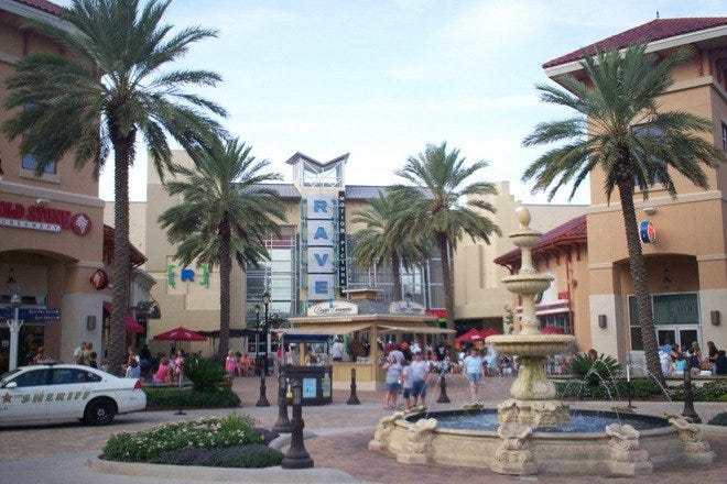 Shopping Malls and Centers in Destin