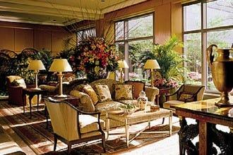 Luxury Hotels Near Lincoln Financial Field