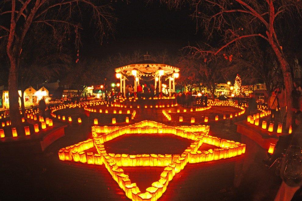 阿尔伯克基老城圣诞夜。