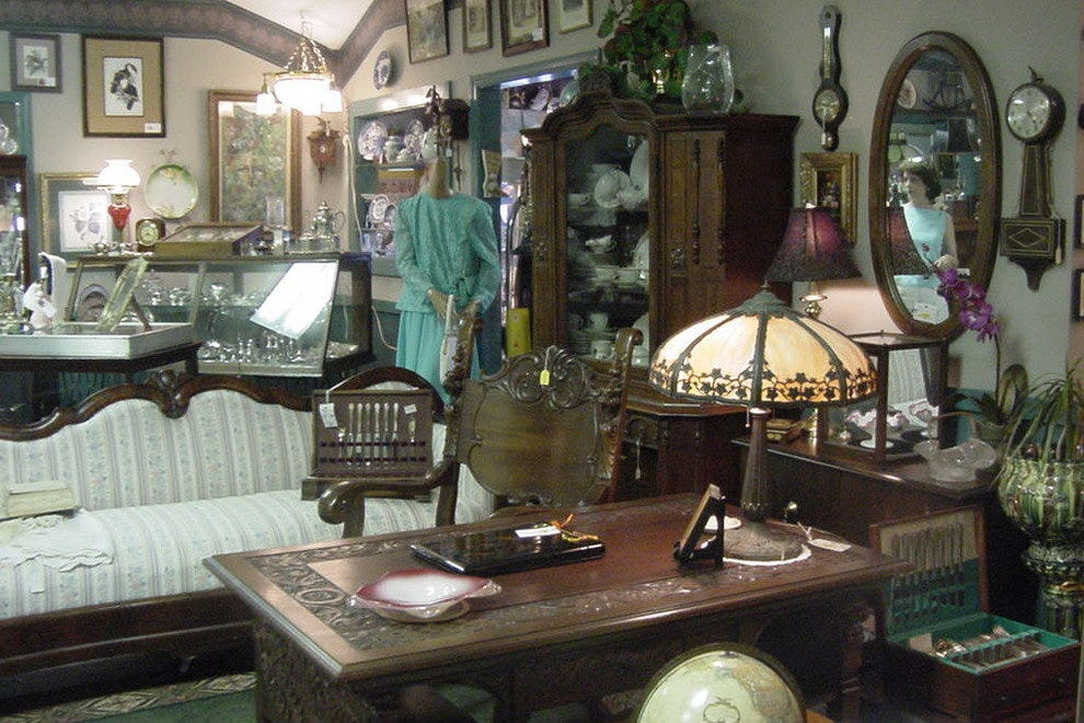 Cottage Antiques of Cherry Grove