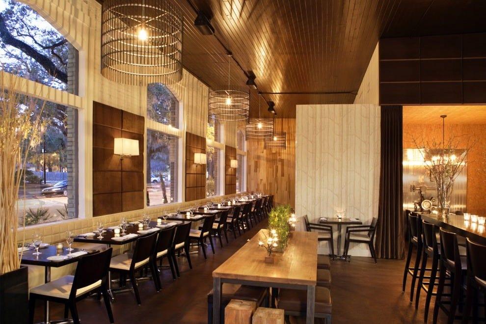 Local 11 Ten Savannah Restaurants Review 10best Experts