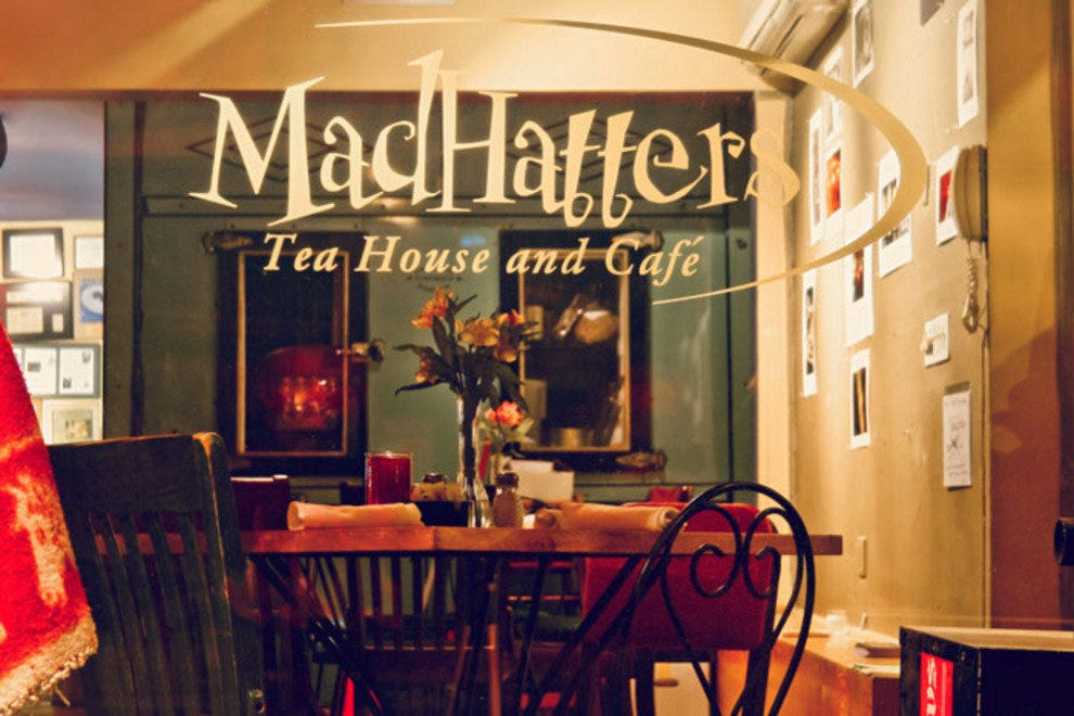 Madhatters Tea House & Cafe