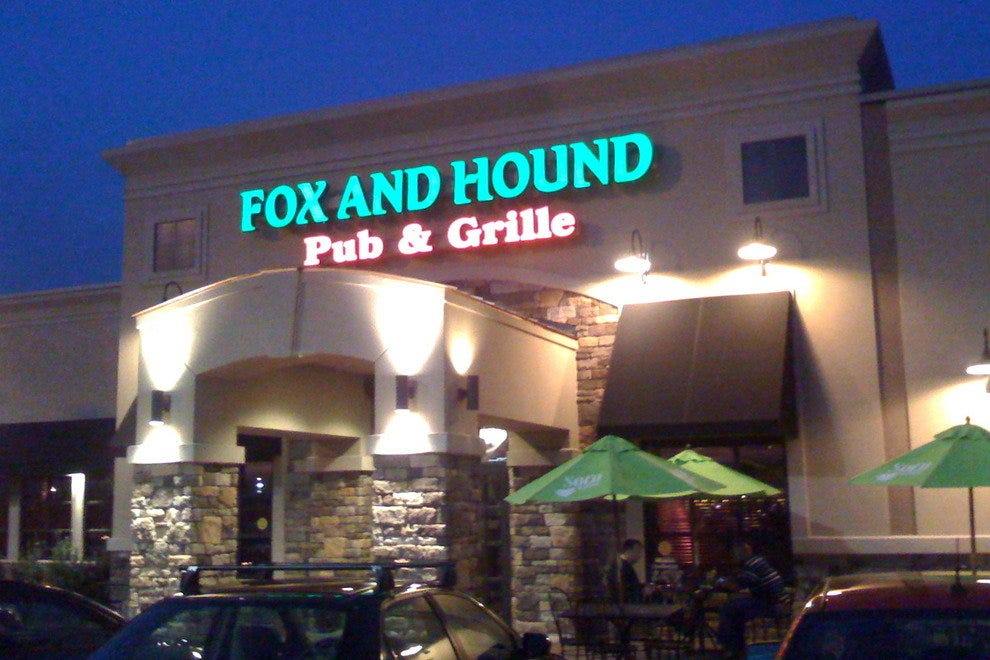Fox and Hound Pub & Grille