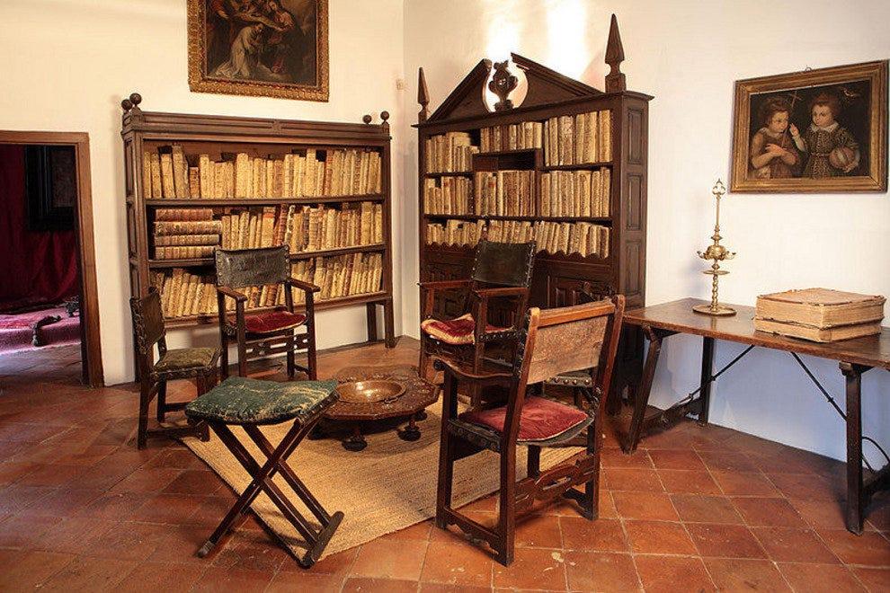 Madrid historic sites 10best historic site reviews - Casa vega madrid ...