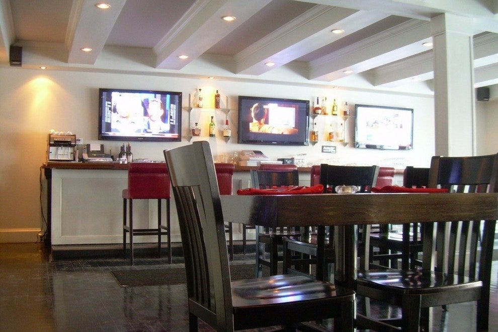 Fort lauderdale seafood restaurants 10best restaurant reviews for Fish restaurant fort lauderdale