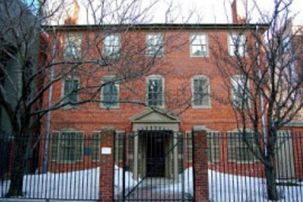 波特兰是朗费罗的房子