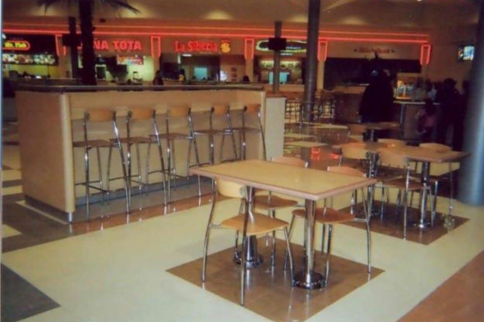 Scottsdale bars pubs 10best bar pub reviews - Muebles para bar ...