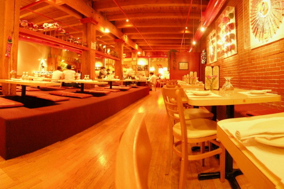 Star of siam chicago restaurants review 10best experts for Top ten hotels in chicago downtown