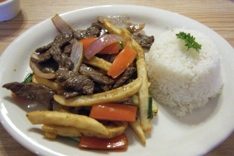 El Tumi Restaurant
