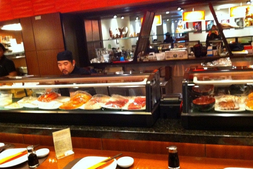 Hot Woks Cool Sushi Willis Tower