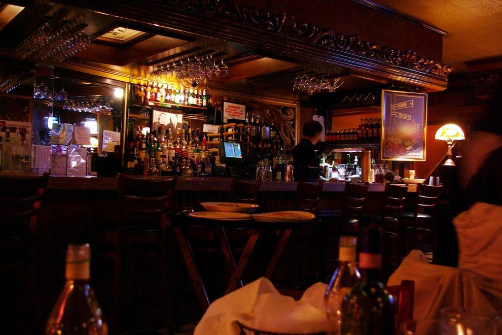 destinations illinois chicago restaurants italian