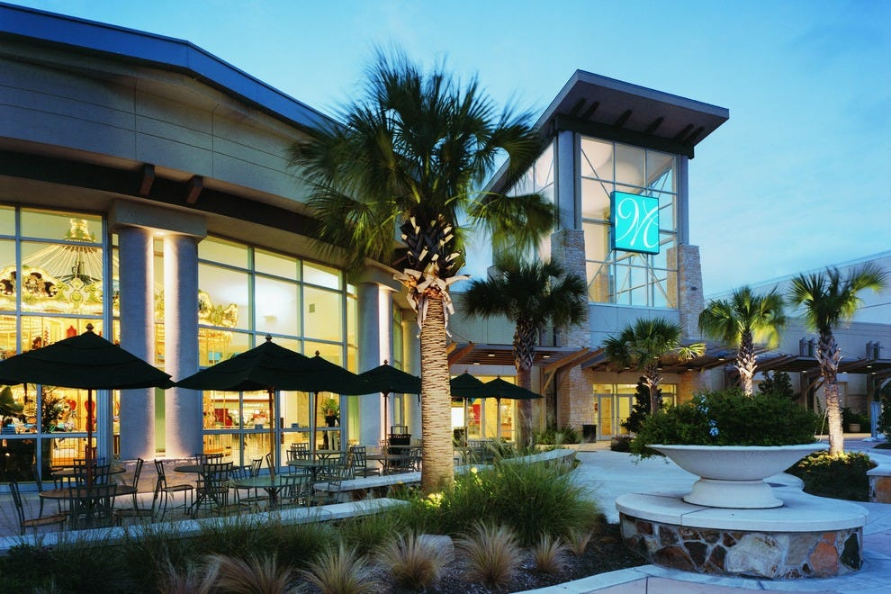 Memorial City Mall is located in Houston, Texas and offers stores - Scroll down for Memorial City Mall shopping information: store list (directory), locations, mall hours, contact and address.3/5(12).