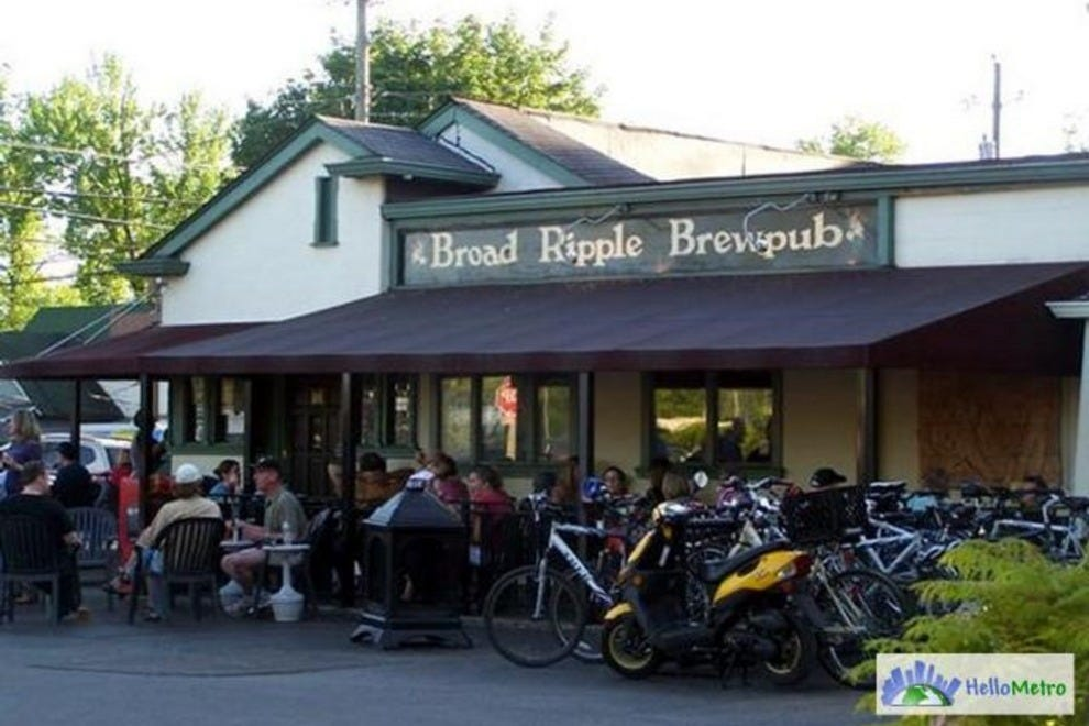 Broad ripple brew pub indianapolis nightlife review for Indyanna pub