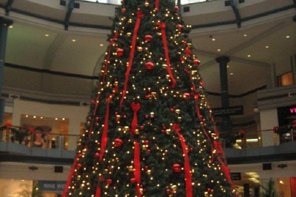 Christmas Shopping Shopping In Philadelphia