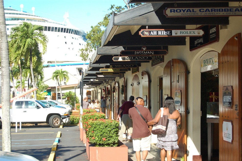 Shopping near Cruise Port - St  Thomas: Shopping in U S