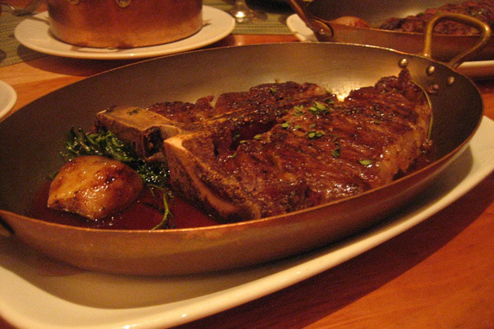 Top rated steak restaurants in las vegas social networking