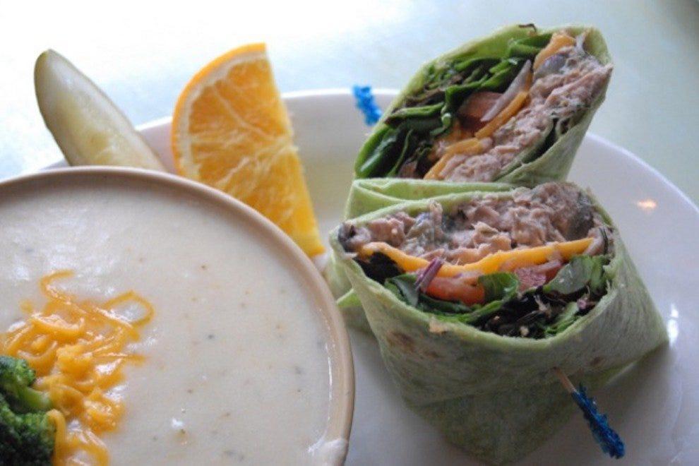 Restaurant Slideshow Lunch In Charleston