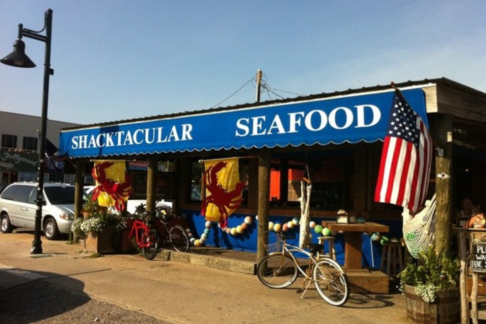 Folly beach crab shack charleston restaurants review for Fish restaurant charleston sc