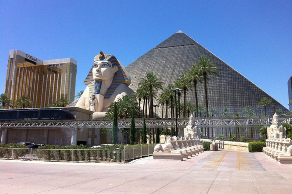 luxor hotel and casino las vegas hotels review 10best experts and
