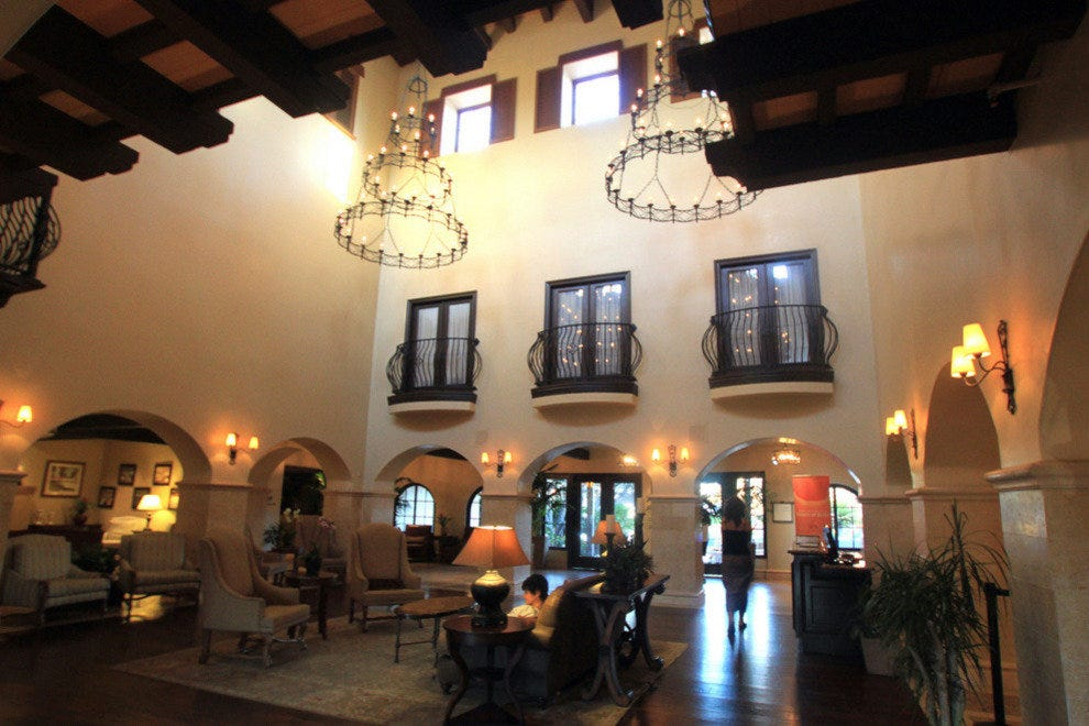 Omni Rancho Las Palmas Resort & Spa, main lobby