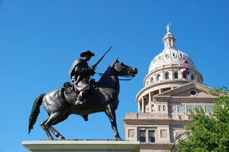 Top Austin Attractions Focus on History, Music and The Great Outdoors