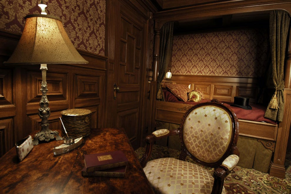 First-class passengers on the Titanic had elegant staterooms