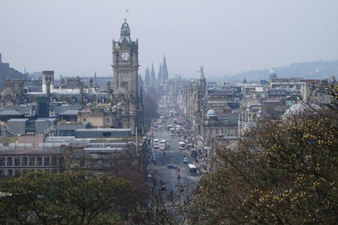 Best Attractions & Activities in Edinburgh