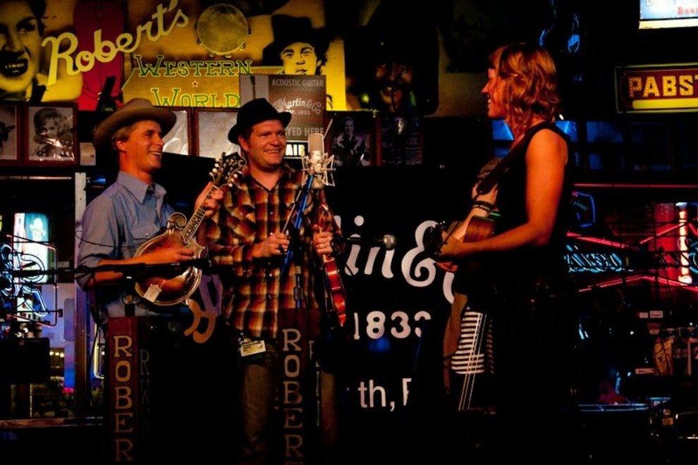 Nashville Bars Pubs 10best Bar Pub Reviews