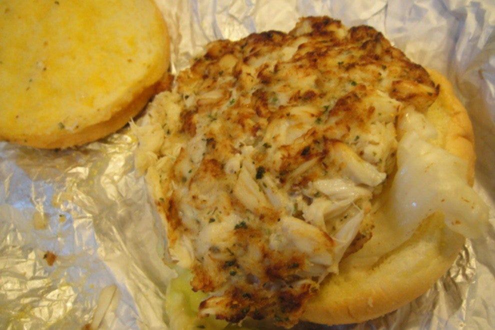 Best Crab Cakes In Baltimore Inner Harbor