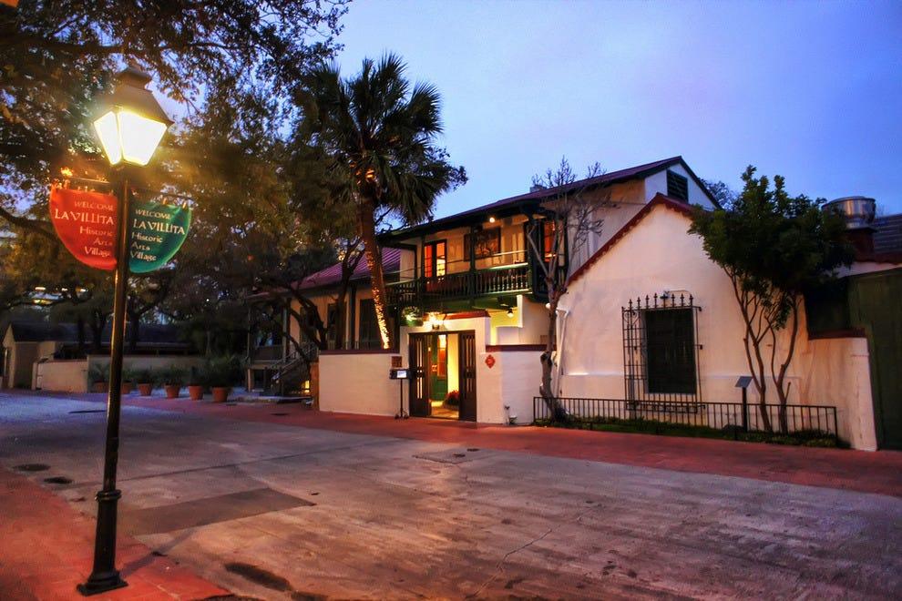 River Walk S Best Restaurants Restaurants In San Antonio