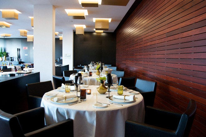 菲多利亚餐厅和酒吧