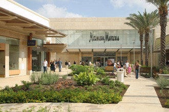 Shops at La Cantera