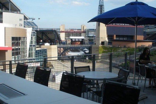 Restaurants near Gillette Stadium