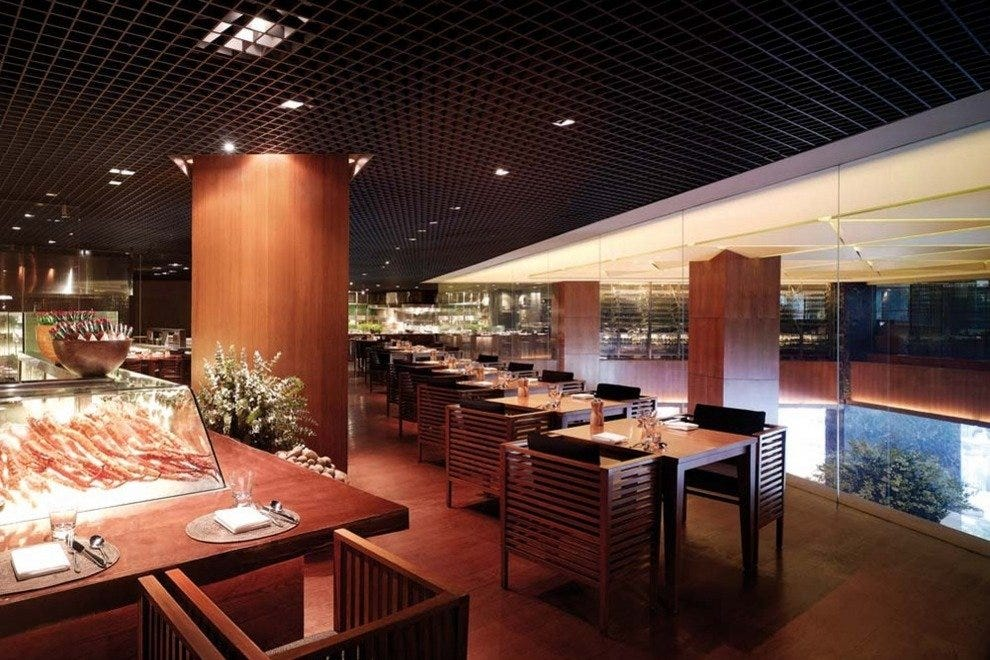 Mezza9: Singapore Restaurants Review - 10Best Experts and