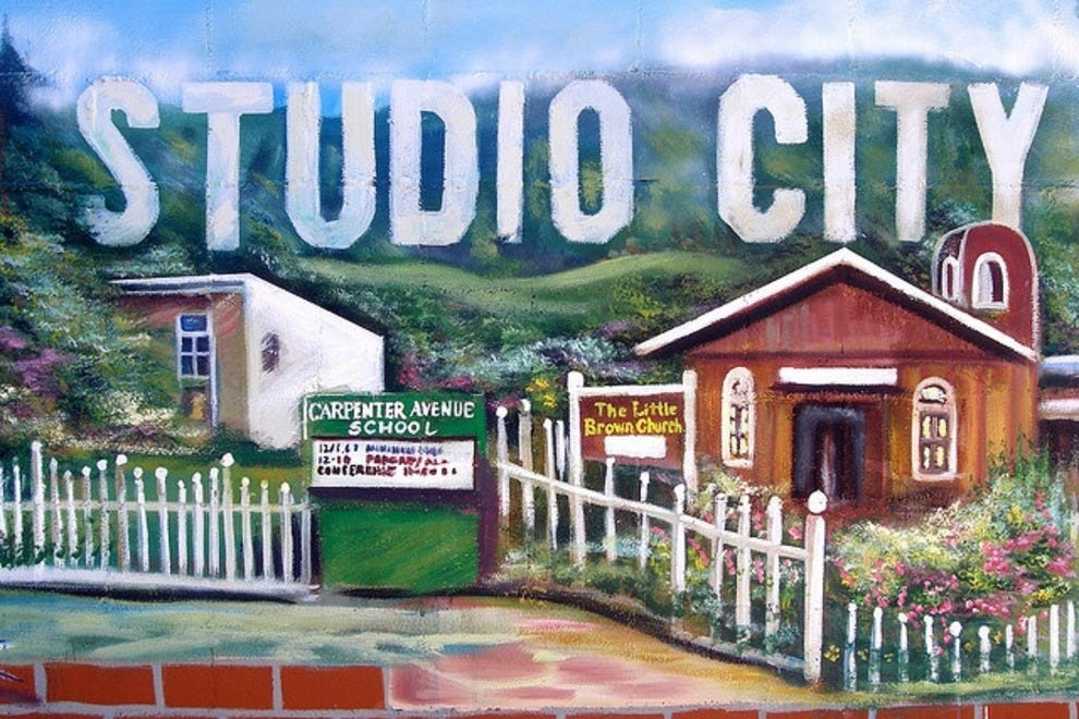 Things to do in studio city los angeles neighborhood for Things to do and see in los angeles
