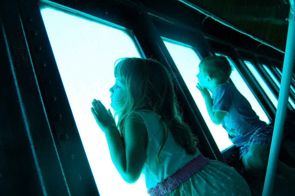 Discovery Undersea Tours