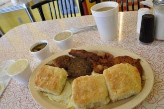 Best Breakfast Spots in Memphis: Biscuits, Grits and Bacon, Oh My!