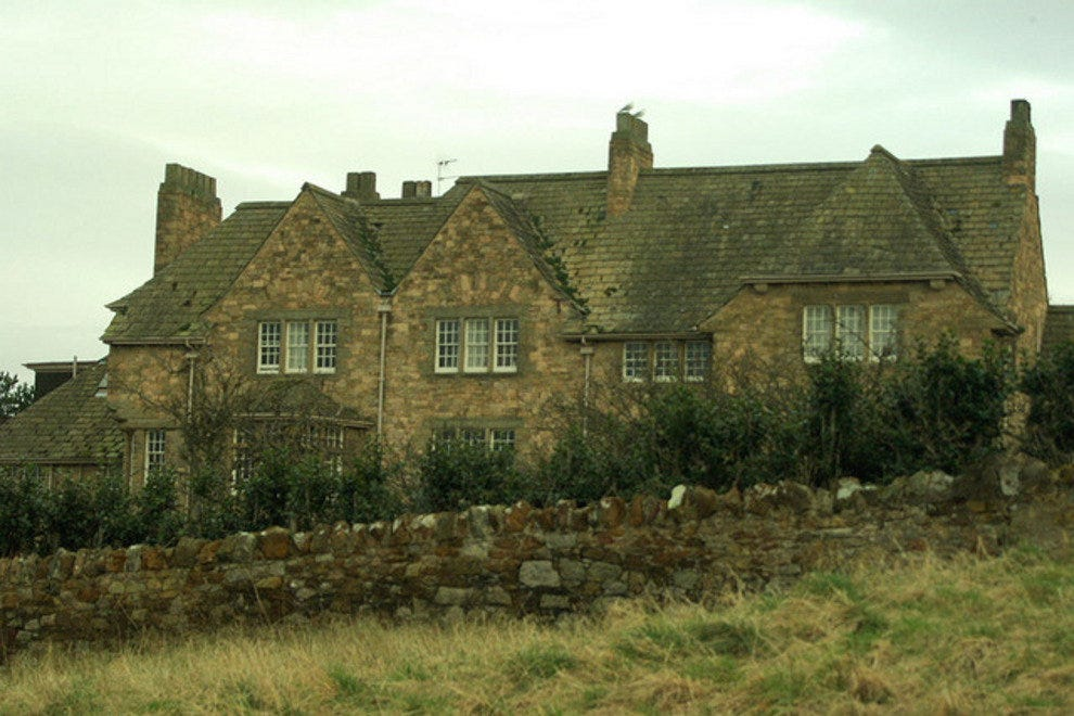 A cottage near Muirfield Golf Course