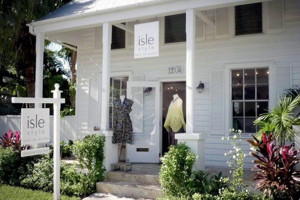 Isle Style Salon Entrance