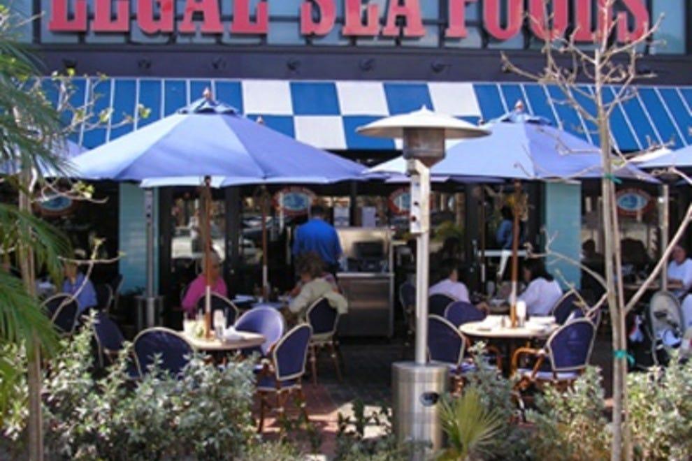 list restaurants palm place boca raton