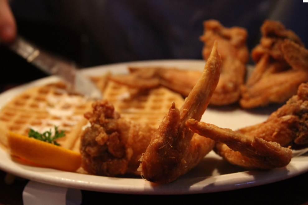 Gladys Knight & Ron Winans' Chicken & Waffles