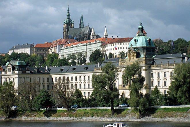 Best Attractions & Activities in Prague