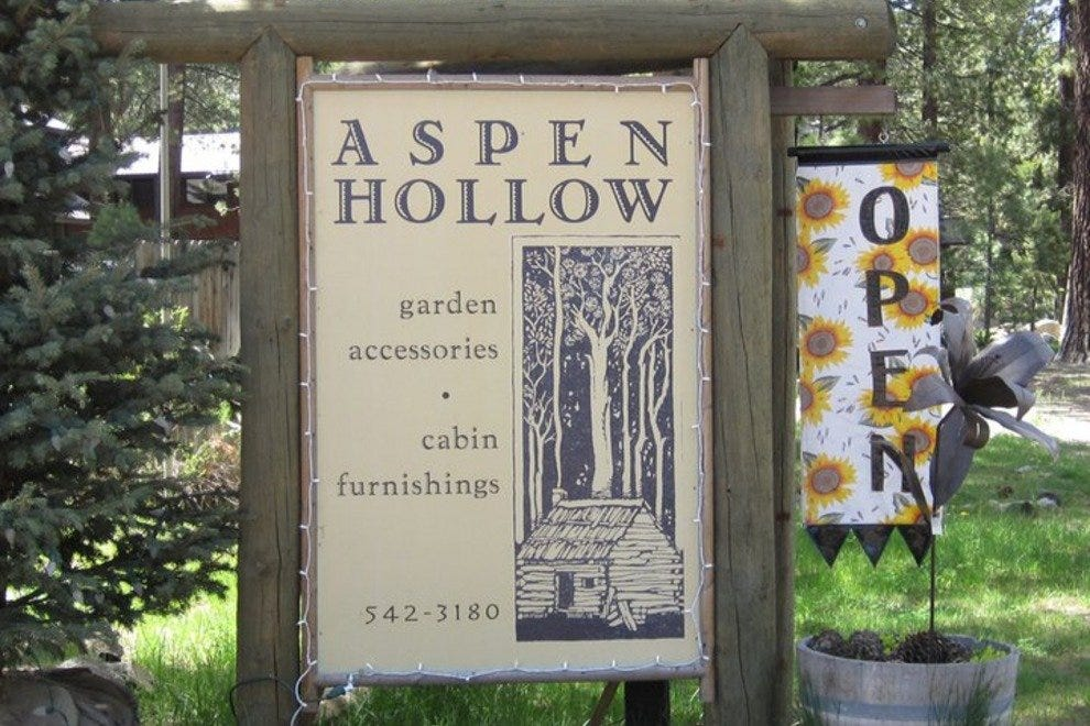 Aspen Hollow is located in a quiet back street