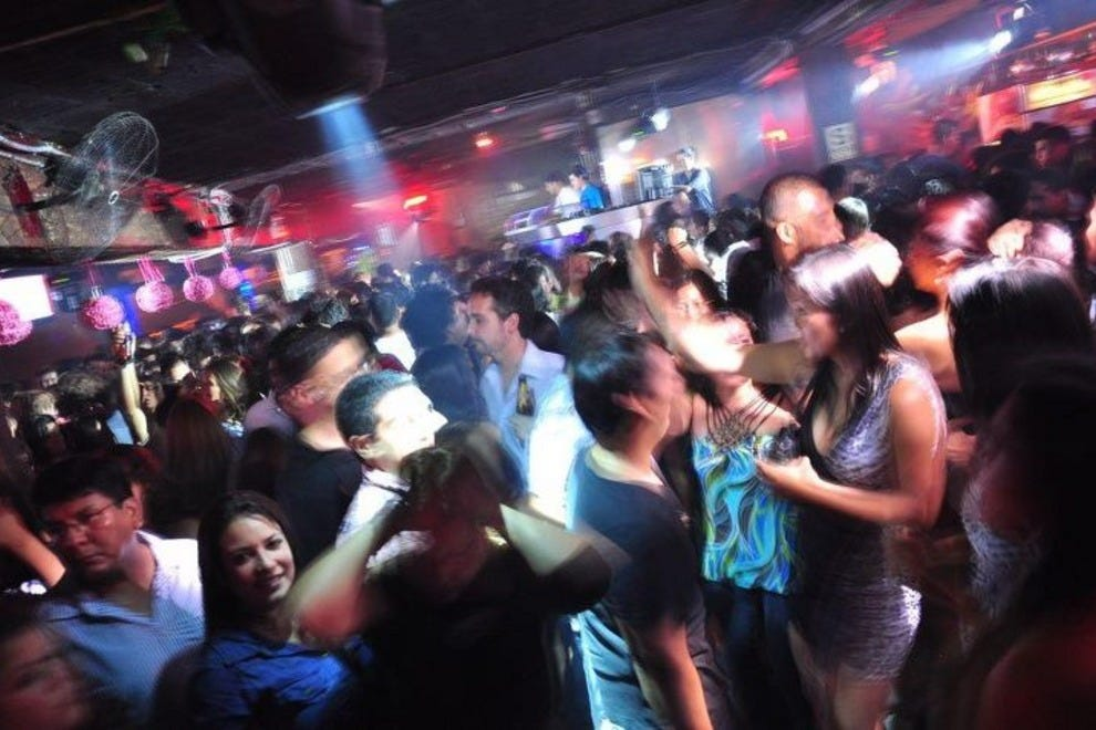 Lima night clubs dance clubs 10best reviews for Disco night club