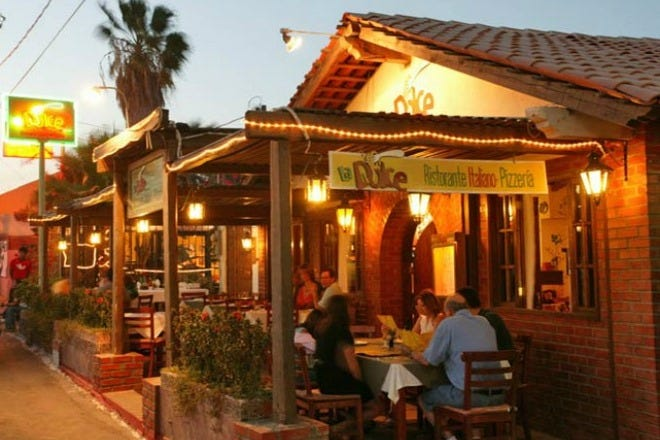 Restaurant Slideshow Italian In Cabo San Lucas