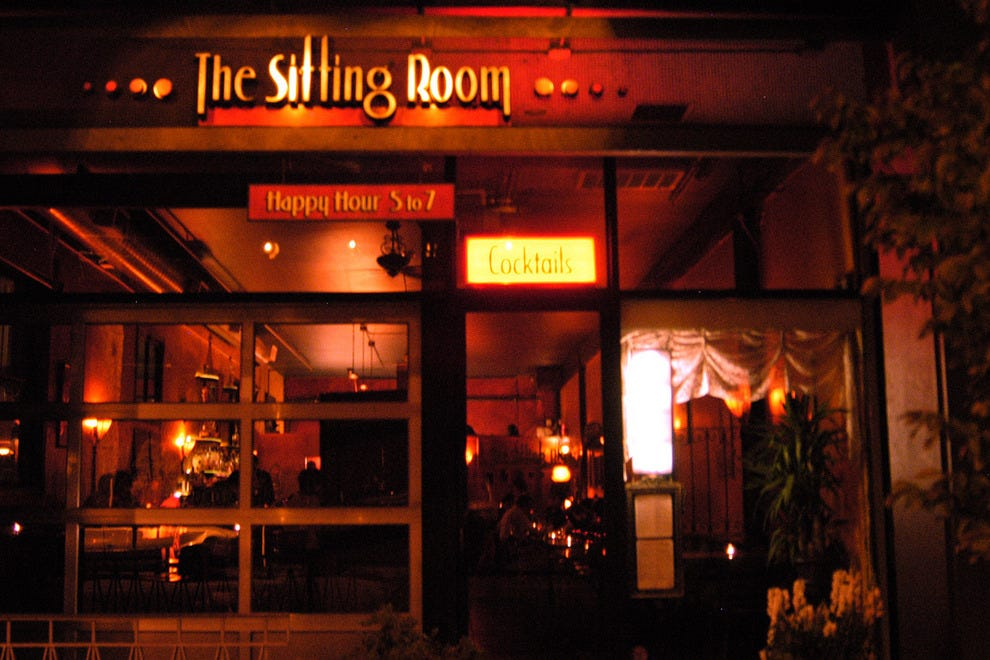 destinations washington seattle nightlife sports bars