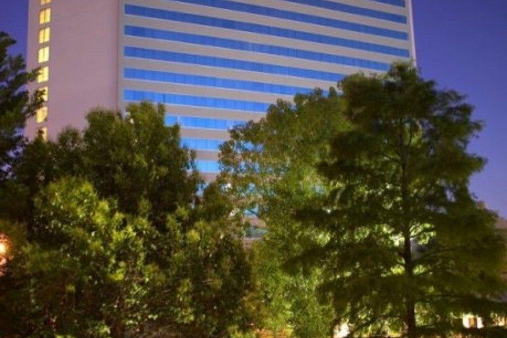 Arlington Hotels