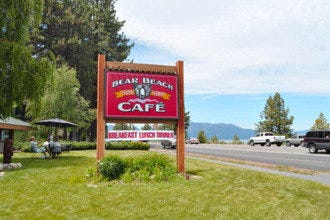 Tahoe's Bear Beach Cafe:  Food with a View